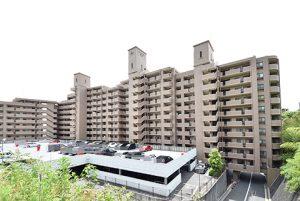 クレアガーデン高須A棟の北側外観全景