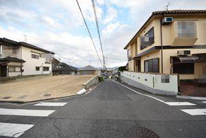 広島市西区己斐上3丁目の自社買取土地の前面道