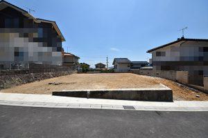 広島市安佐南区伴東2丁目の土地の正面全景写真