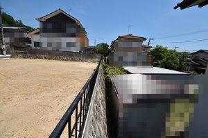 広島市安佐南区伴東2丁目の土地の段落ち面写真