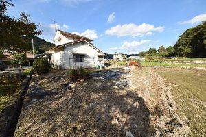 廿日市市玖島の古家付土地の全景写真B