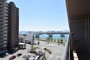 サーパス宇品西公園603号室の南面バルコニーからの眺望写真1