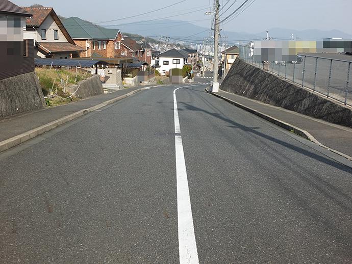 前面道路も広く閑静な住宅街の土地