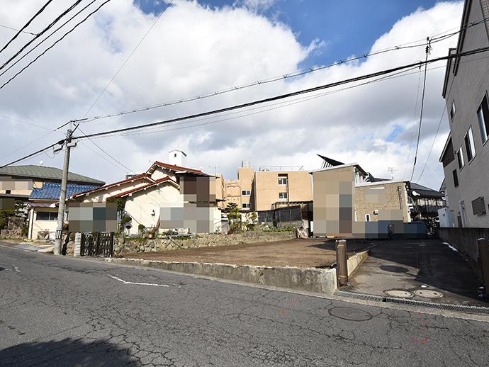 土地面積38.66坪の古家解体後の更地の写真