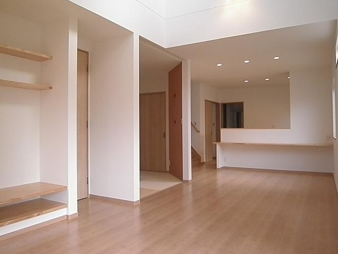 府中町八幡3丁目新築住宅のLDK写真