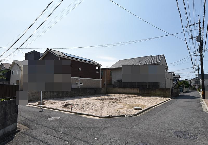 古家解体後の楽々園5丁目の土地全景写真