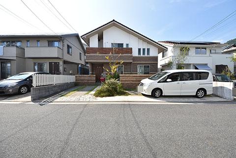 山本新町3丁目中古住宅2800万円の外観写真