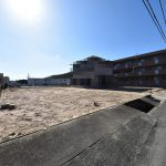 北側より撮影した佐伯区利松3丁目の買取土地
