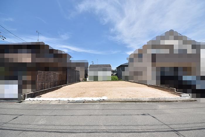 城山2丁目の古家解体後の更地の写真