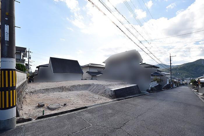 藤の木買取土地の古家解体後更地の写真